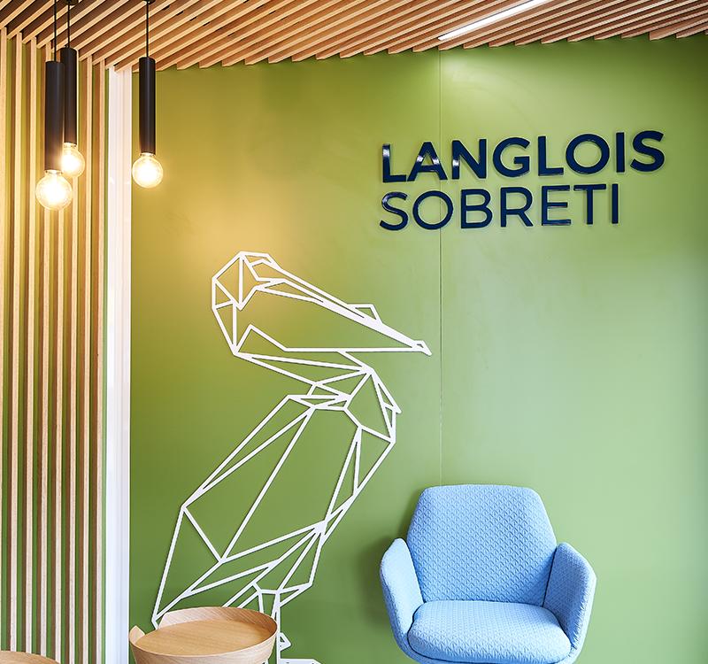 réalisation laudescher agence langlois sobreti plafond suspendu habillage mural