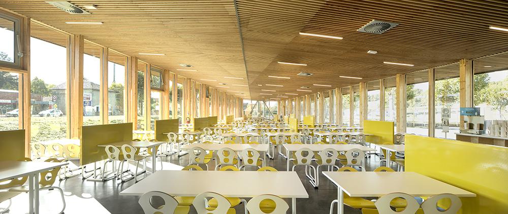 réalisation laudescher college champier plafonds bois